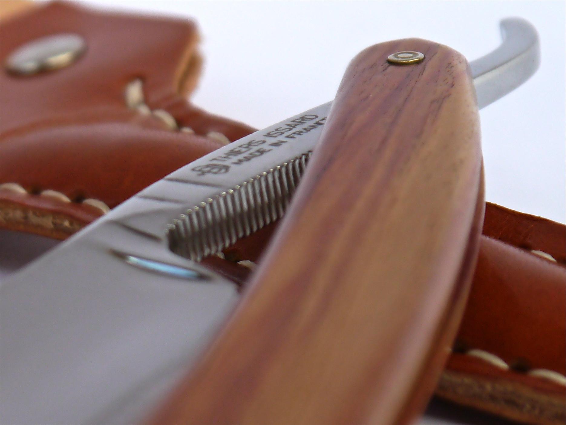 Detalle shavette Thiers Issard